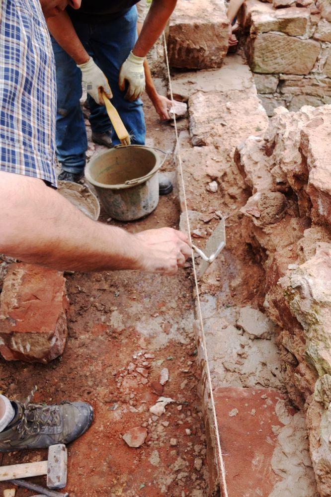 Stage de maconnerie en  pierre de grès