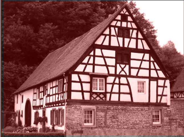 maison bloc dans le massif forestier.jpg